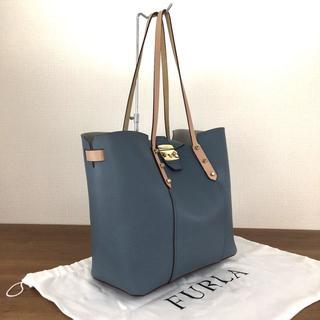 Furla - 未使用品 フルラ トートバッグ ライトブルー レザー 保存袋付き 30