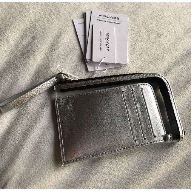 ACNE(アクネ)の日本未上陸 クリア コイン カード ケース レディースのファッション小物(コインケース)の商品写真