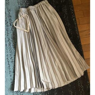 GU - 高みえグレー♡プリーツスカート