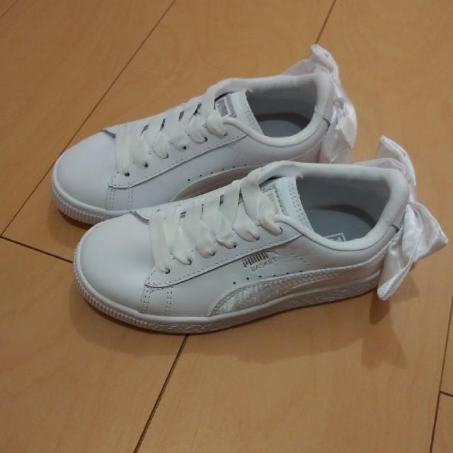 PUMA(プーマ)のPUMAリボンスニーカー キッズ/ベビー/マタニティのキッズ靴/シューズ(15cm~)(スニーカー)の商品写真