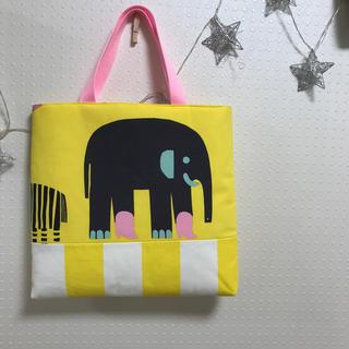 marimekko - ゾウの絵本バッグ