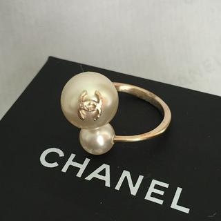 シャネル(CHANEL)のCHANEL Wパールリング 激レア 限定1点(リング(指輪))