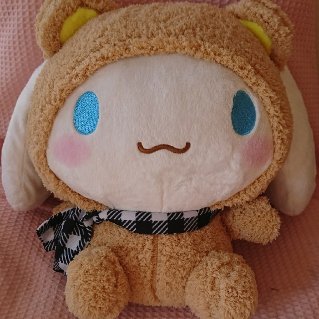 シナモンロール クマぐるみBIGぬいぐるみ エンタメ/ホビーのおもちゃ/ぬいぐるみ(ぬいぐるみ)の商品写真