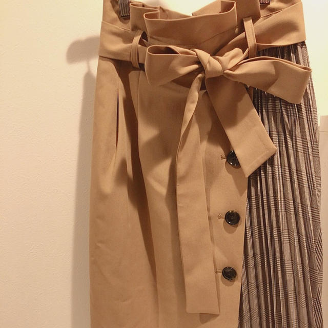 JUSGLITTY(ジャスグリッティー)の新品♡ジャスグリッティー  アシメタイトスカート レディースのスカート(ひざ丈スカート)の商品写真