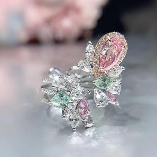 豪華色ダイヤモンドの指輪挟みリング(リング(指輪))