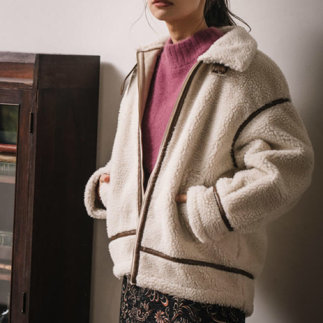mysty woman(ミスティウーマン)のmysty woman ボマーブルゾン レディースのジャケット/アウター(ブルゾン)の商品写真