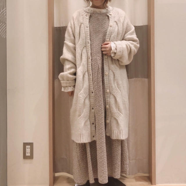 SM2(サマンサモスモス)の2019冬 ケーブルロングカーディガン SM2 レディースのトップス(カーディガン)の商品写真