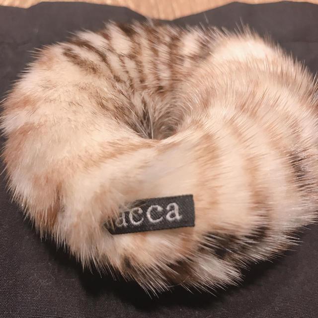 acca(アッカ)のacca★アッカ★ミンクファー シュシュ レディースのヘアアクセサリー(ヘアゴム/シュシュ)の商品写真