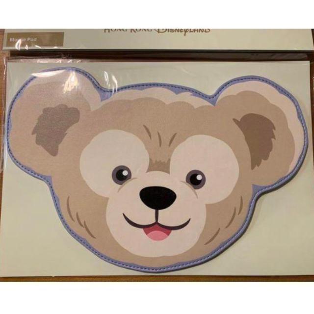 ダッフィー(ダッフィー)の新品未使用 香港ディズニーダッフィー マウスパッド インテリア/住まい/日用品のオフィス用品(オフィス用品一般)の商品写真