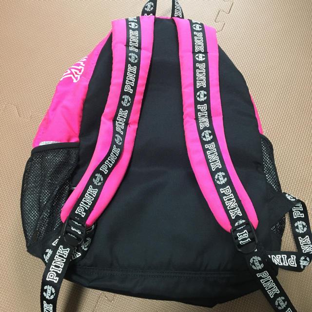 Victoria's Secret(ヴィクトリアズシークレット)のPINK リュック バックパック レディースのバッグ(リュック/バックパック)の商品写真