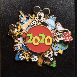 Disney - 【新商品】 2020年 新品 お正月 ピンバッジ ディズニー リゾート内 売切