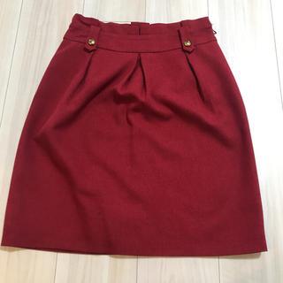 グローブ(grove)のgrove 膝丈スカート 赤色 美品(ひざ丈スカート)