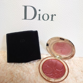 Dior - 【Dior】ディオールスキン ミネラルヌードイルミナイザー ブラッシュ