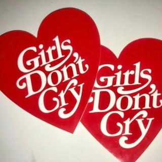 GDC - Girls Don't Cry ステッカー(2枚)