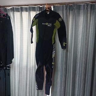 アクアラング(Aqua Lung)のaqua lung bali 3mm ウェットスーツ Sサイズ おまけインナーも(サーフィン)