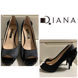 DIANA - ダイアナ ブラックサテン  リボン パンプス