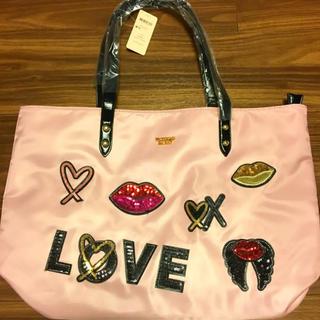 Victoria's Secret - トートバッグ 人気のツヤやかピンク♪ 軽くて丈夫ファスナー付き 新品