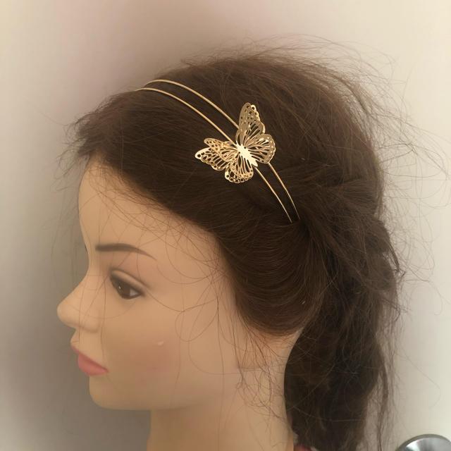 dholic(ディーホリック)の蝶々 カチューシャ レディースのヘアアクセサリー(カチューシャ)の商品写真