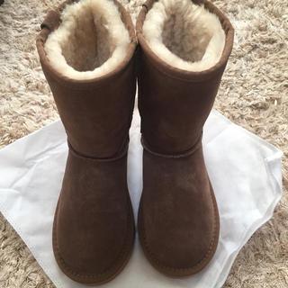 アグ(UGG)の【新品】22.5cm  ugg  rozee australia ムートンブーツ(ブーツ)