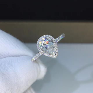 【1カラット】輝くペアシェイプ  モアサナイト ダイヤモンド リング(リング(指輪))