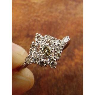 可愛い!イエローダイヤです!K18WGダイヤリング 11号(リング(指輪))