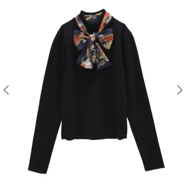 eimy istoire(エイミーイストワール)のeimyistoireスカーフ付き ニット レディースのトップス(ニット/セーター)の商品写真