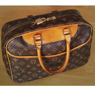 LOUIS VUITTON - LOUIS VUITTONバック ドーヴィル