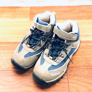 モンベル(mont bell)の子供靴 トレッキングシューズ 【hamachi25様専用】(アウトドアシューズ)