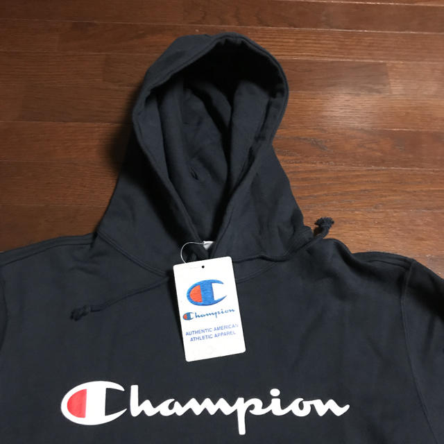 Champion(チャンピオン)の【セール】新品Mサイズchampionチャンピオン  スウェット パーカー メンズのトップス(パーカー)の商品写真