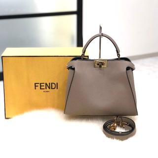 FENDI - 新作 新品 フェンディ ピーカブー エッセンシャリー