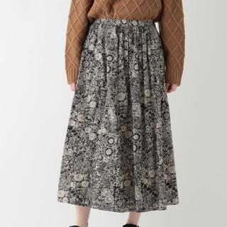 スタディオクリップ(STUDIO CLIP)の* 今季 スタディオクリップ 花柄スカート 黒 *(ロングスカート)