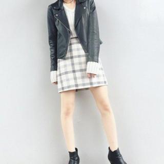 UNIQLO - UNIQLO チェック台形スカート