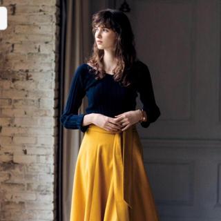 Mila Owen - 新品未使用タグ付☆ミラオーウェン ウール Vネックニット ネイビー 雑誌掲載商品