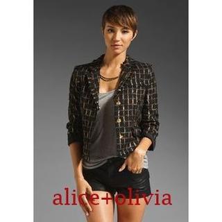アリスアンドオリビア(Alice+Olivia)の【新品・未使用】alice+olivia テーラードツィードジャケット 8分袖 (テーラードジャケット)