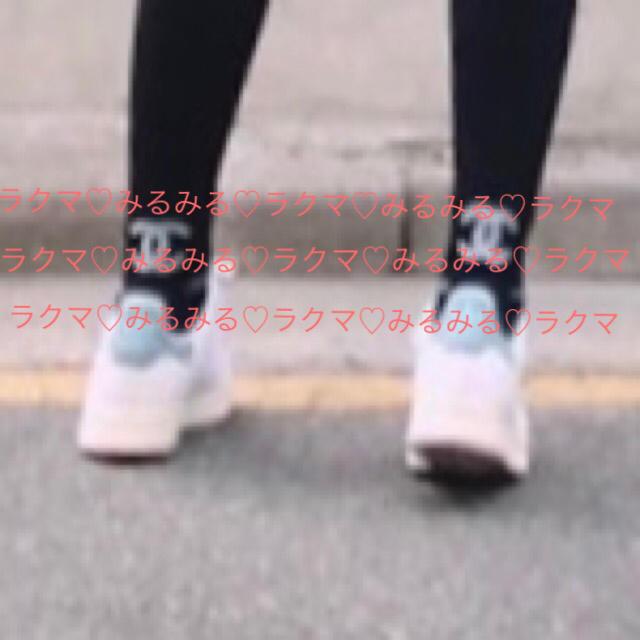 CHANEL(シャネル)のCHANEL バッグ ロゴ モチーフ ソックス 靴下 レディースのレッグウェア(ソックス)の商品写真
