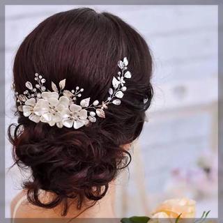 ホワイトフラワー 小枝 ヘッドドレス ウエディング (ヘッドドレス/ドレス)