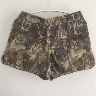 ロキエ(Lochie)のゴブラン織り ネコ ショートパンツ(ショートパンツ)