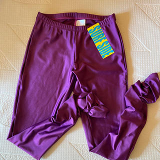 新品未使用水着❦紫裾クシュクシュ レギンス❦フリーサイズ* Lサイズ相当*(水着)