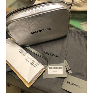 バレンシアガバッグ(BALENCIAGA BAG)のカメラバッグ(ショルダーバッグ)