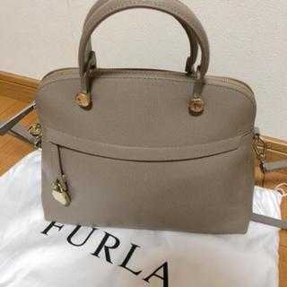 Furla - フルラ   パイパー M サッビア グレージュ