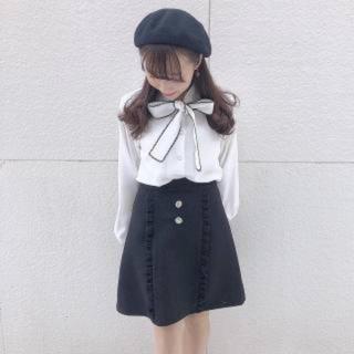 evelyn - アンミール♡フリルビジュー台型SK