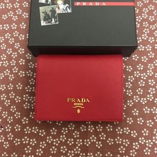 PRADA - プラダ 赤 短財布