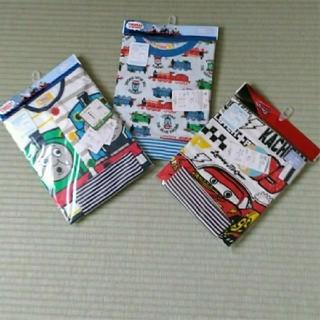 Disney - 新品!トーマス&カーズ夏用パジャマ 3着セット 80cm