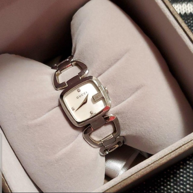 Gucci(グッチ)のGUCCI 腕時計 シェル盤 レディースのファッション小物(腕時計)の商品写真
