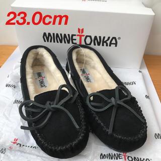 Minnetonka - 【新品未使用】ミネトンカ キャリー スリッパ モカシン ボア ブラック 23cm
