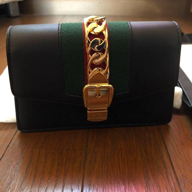 Gucci(グッチ)のGUCCI スーパーシルヴィミニショルダーバック 【正規品】早い者勝ち レディースのバッグ(ショルダーバッグ)の商品写真