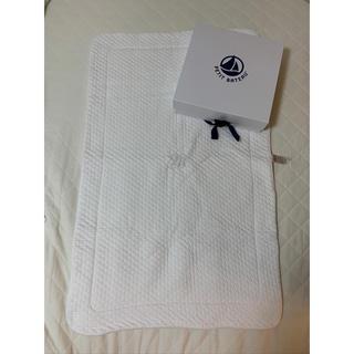 プチバトー(PETIT BATEAU)のプチバトー おくるみ ブランケット 肌掛け布団 タオルケット(おくるみ/ブランケット)