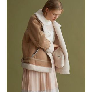 ファーファー(fur fur)のFURFURフェイクムートンボンバージャケット コート B6(ムートンコート)