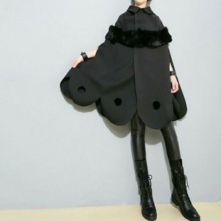 ZARA - SCALLOP FUR CAPE COAT.