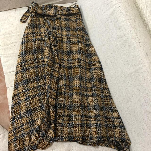 Mila Owen(ミラオーウェン)の値下げ ミラオーウェン ベルト付きスゥェード スカート レディースのスカート(ロングスカート)の商品写真